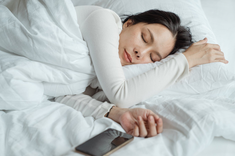 CBD Provides Sleep-Deprived People a Calming and Soothing Effect